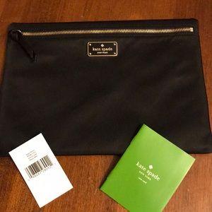 kate spade ♠️ large Drewe Wilson Road zippered bag